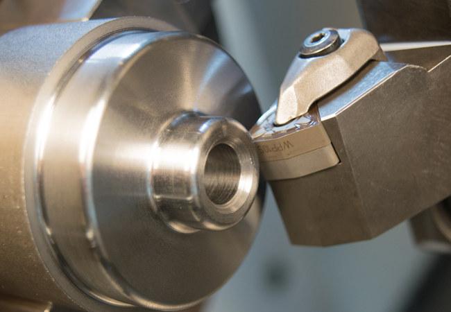 CNC turning aerospace machining