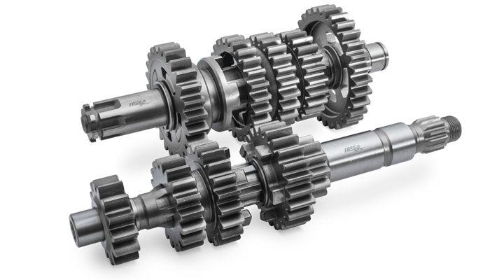 Does DEK offer a customized transmission shaft