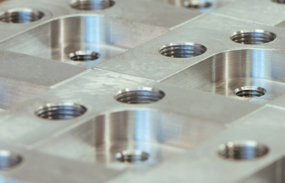 Precision surface grinding services 3