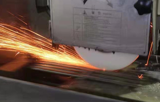 Precision surface grinding services 4