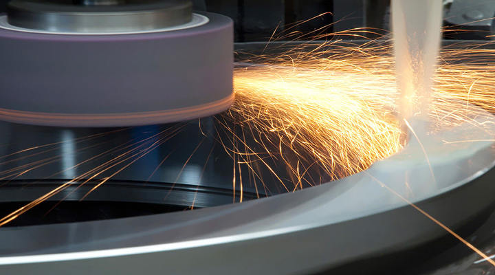 What are the Factors to Consider When Surface Grinding Aluminum