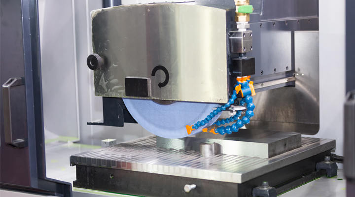 Which Series of Stainless Steels Are Commonly Used in Surface Grinding