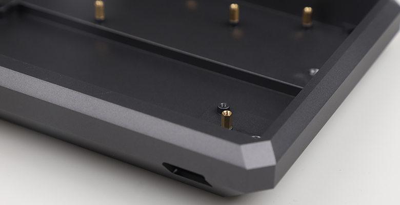 anodized aluminum keyboard case 11